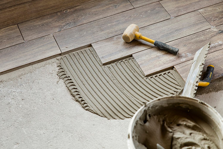 sanded-vs-unsanded-grout-choosing-right-one-tile-installation-featured-image