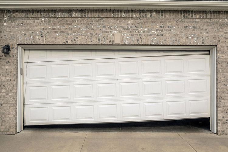 garage door wont open how to fix it featured image