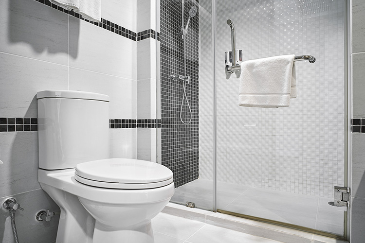 how to fix bubbling gurgling toilet featured image