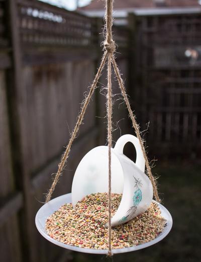 how-to-diy-bird-feeder-ideas-how-to-make-a-teacup-bird-feeder-from-practically-functional